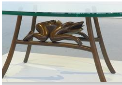 frog-table